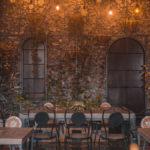 ambientowe oświetlenie na krzesła i stoły